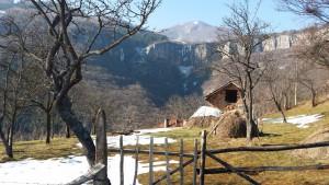 гледка към водопада от Гара Бов
