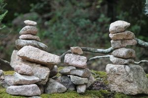 Каменни фигурки