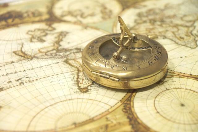 kompas-i-karta