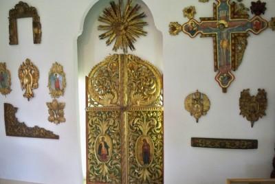 Музей на резбарството и зографството - църковен стил