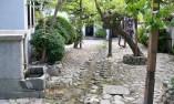 Красив двор