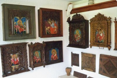 Музей на резбарството и зографството - иконостаси
