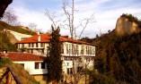 Кордопуловата къща на залез слънце
