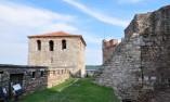 Външния двор на крепостта
