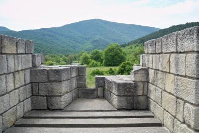 Качени на главната порта на крепостта