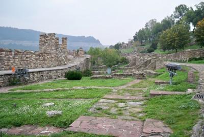 Част от архитектурно-музейния резерват Царевец