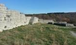 Останки от крепостна стена - Мадара